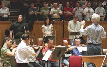 Nick Strimple conducting the London Symphony Orcestra, London Voices and soloists